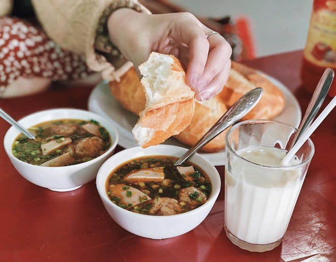 Bánh mì xíu mại ở Đà Lạt