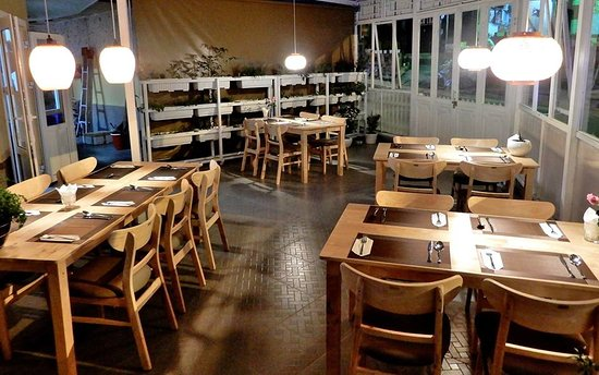 Nhà hàng Herb Garden Âu
