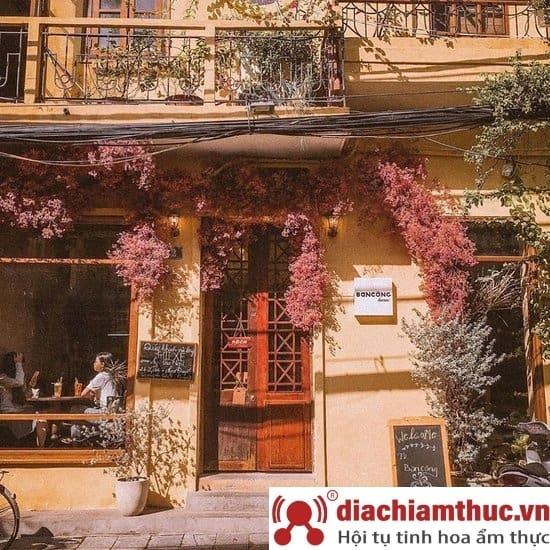 Ban Công Cafe Hà Nội