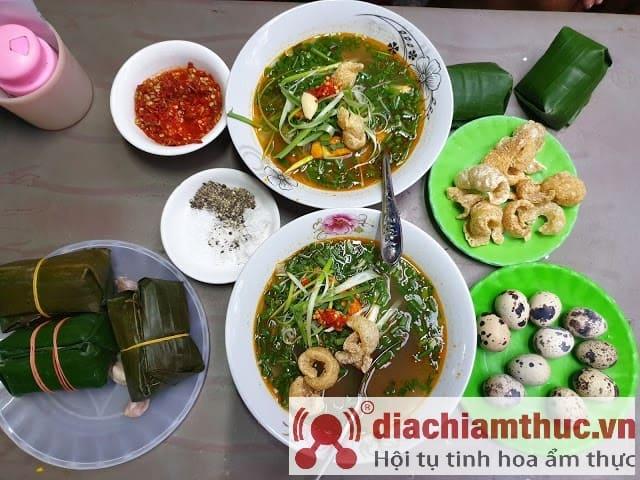 Bánh Canh Cá Lóc Dì Hương Huế