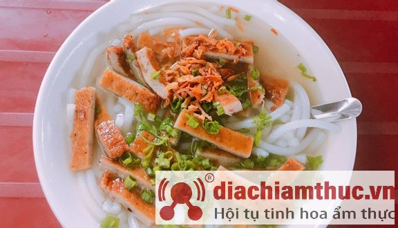 Bánh canh chả cá Thu Vũng Tàu