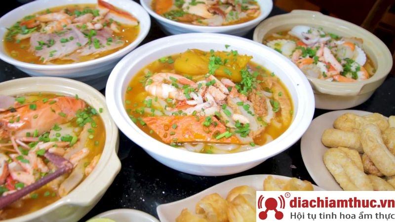 Bánh canh cua 14 trần bình trọng Sài Gòn