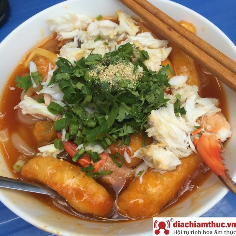 Bánh canh cua 14 trần bình trọng quận 5Sài Gòn