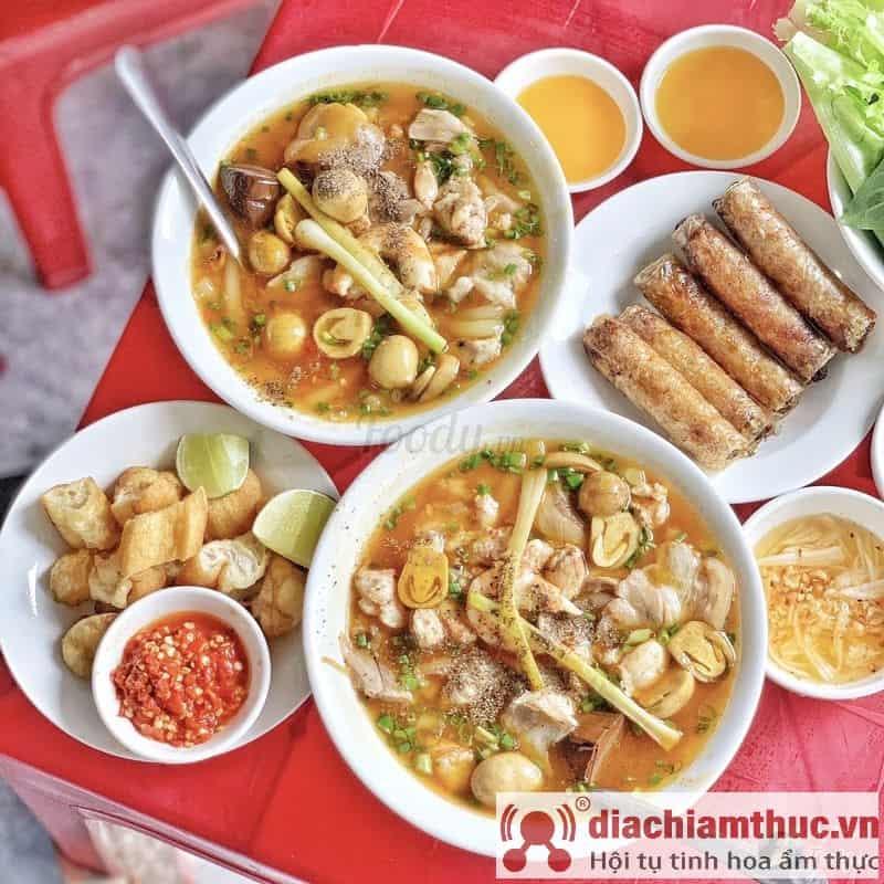 Bánh canh cua anh Vũ Sài Gòn