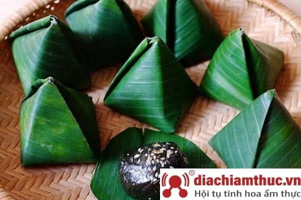 Bánh ít lá gai Quy Nhơn Bình Định