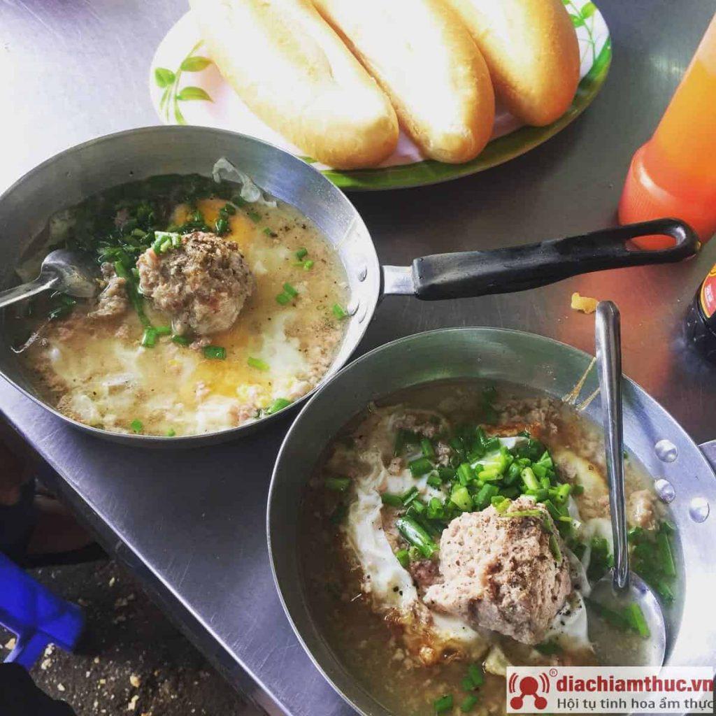 Bánh mì xíu mại Trần Phú Vũng Tàu