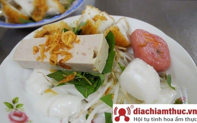 Bánh ướt Nguyễn Cư Trinh Quận 1