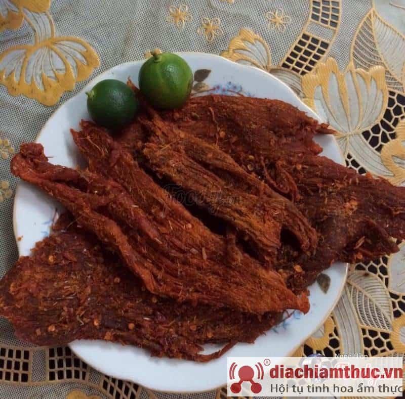 Bò khô cay xé lưỡi Đà Nẵng