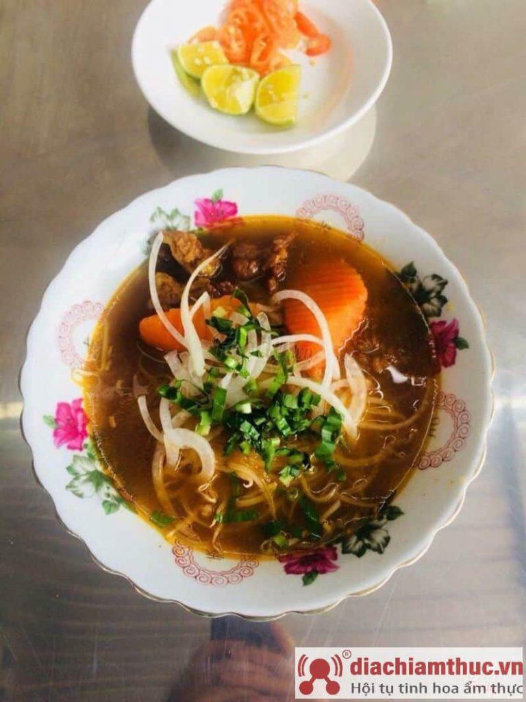 Bò kho cô Út Vũng Tàu