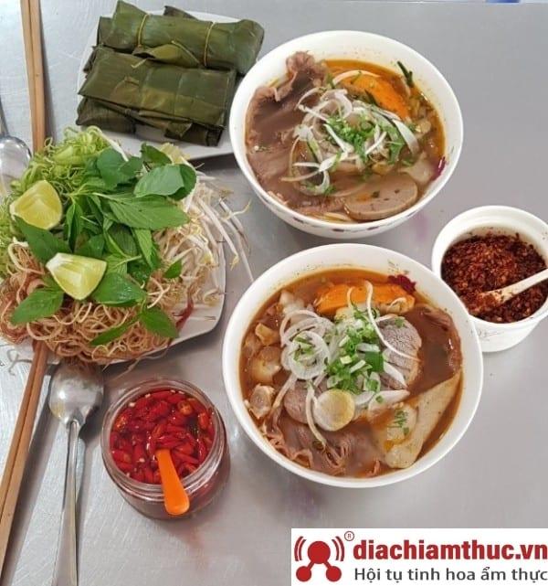 Bún bò Kim Hương Bình Thạnh