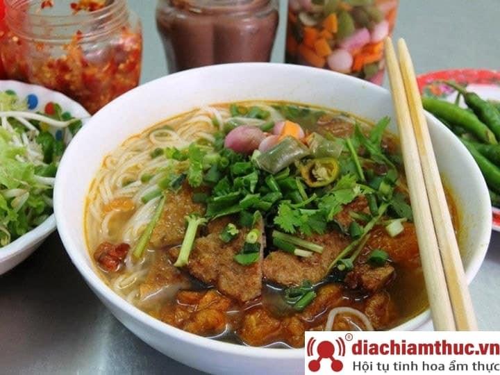 Bún chả cá 109 Nguyễn Chí Thanh Đà Nẵng