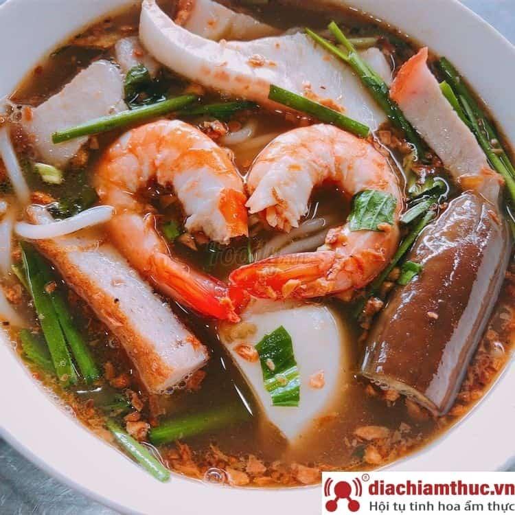 Bún mắm – cửa Đông chợ Bến Thành Quận 1 Sài Gòn