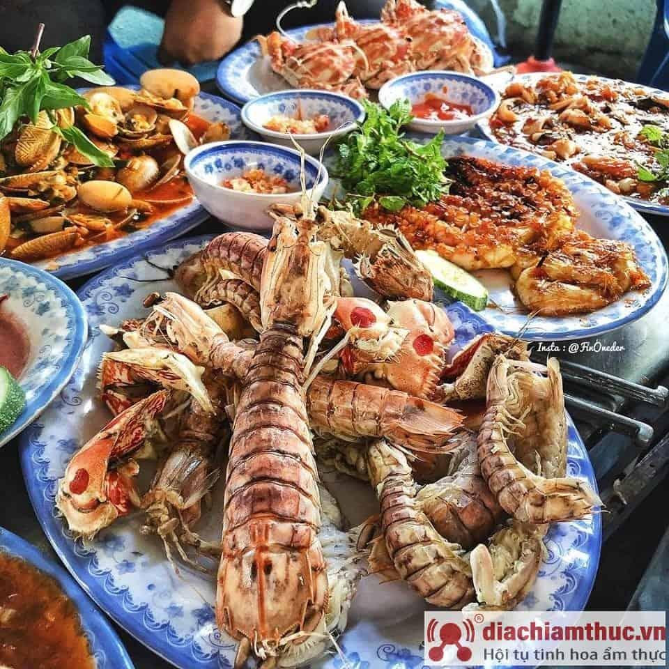 Các Quán hải sản Nha Trang