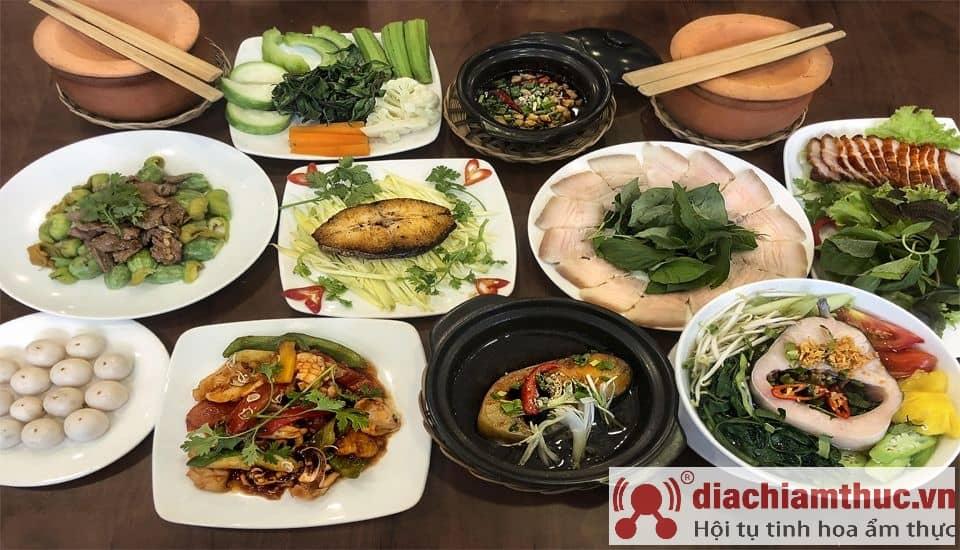Cơm niêu Trung Sơn Sài Gòn