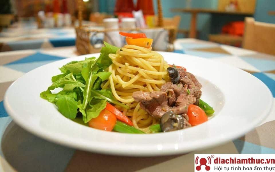Hẻm Spaghetti - Nguyễn Oanh HCM