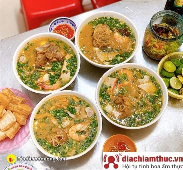 Hiền – Bánh canh cua quận Bình Thạnh