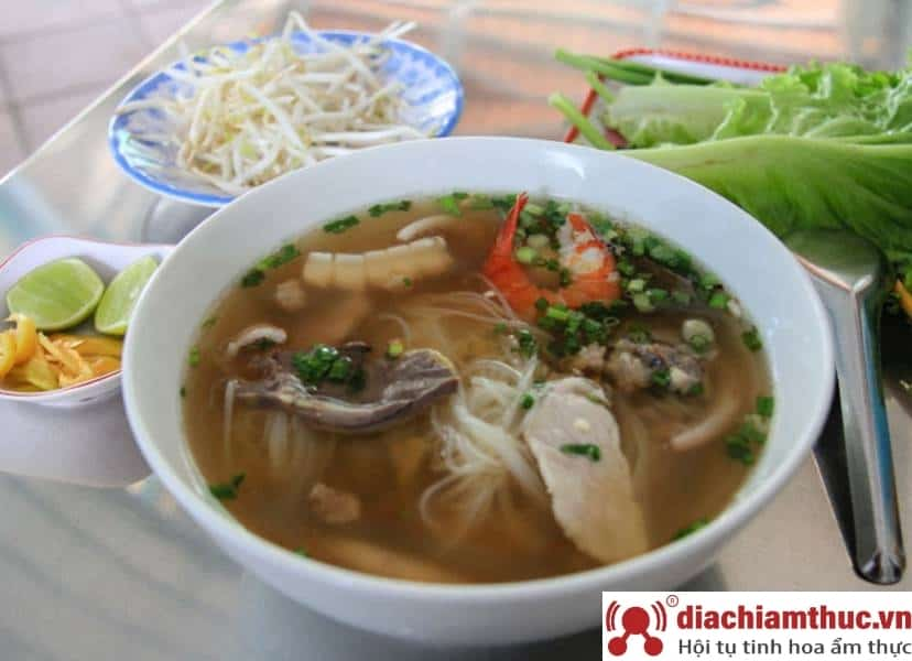 Hủ tiếu Nam Vang Trần Phú TP Huế