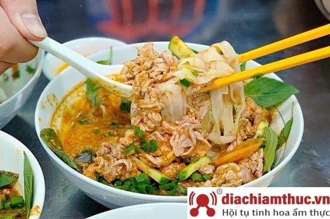Hủ tiếu sa tế Tô Ký Sài Gòn