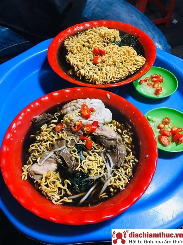 Mỳ gà tần Hàng Bồ Hà Nội