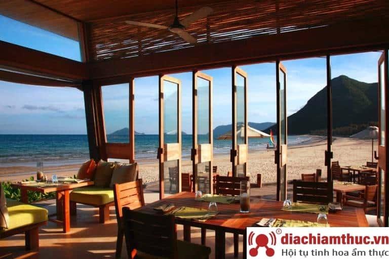 Nhà hàng By The Beach huyện Côn Đảo