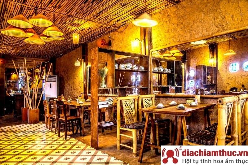 Nhà hàng cơm niêu Sài Gòn Mountain Retreat