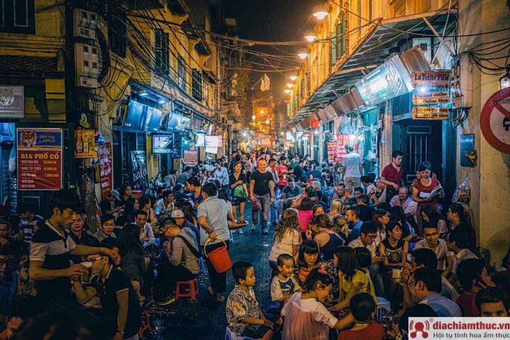 Phố bia Tạ Hiện Hà Nội