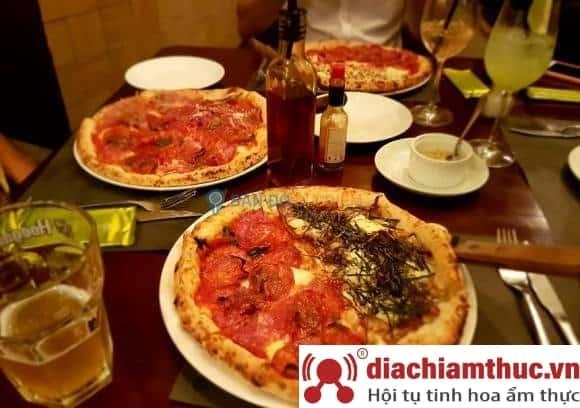 Pizza 4P Quận 1