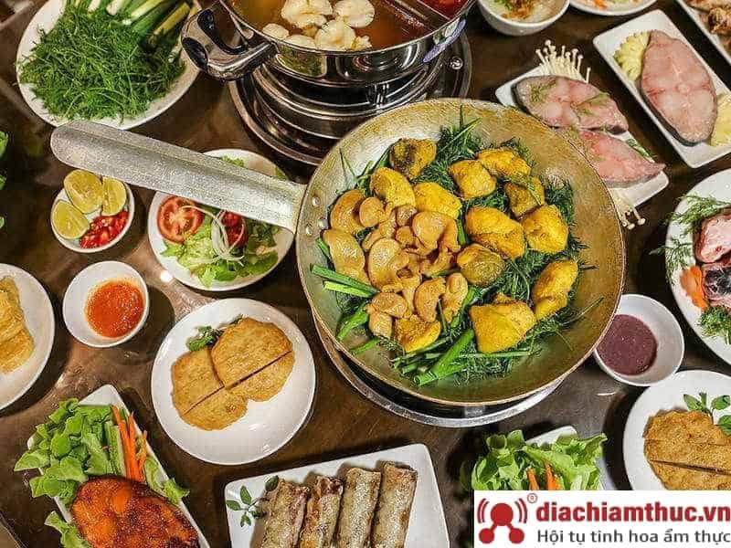 Quán ăn trưa Hà Nội