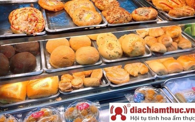 Tiệm Bánh Mì Những Chàng Trai