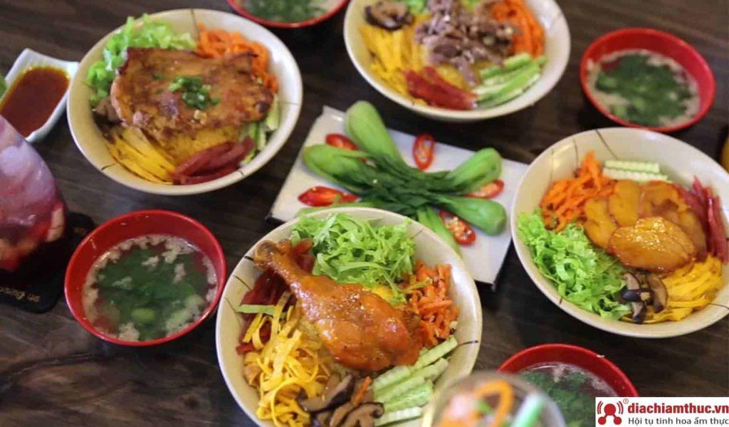 Úm ba la Street Food Station Bình Thạnh