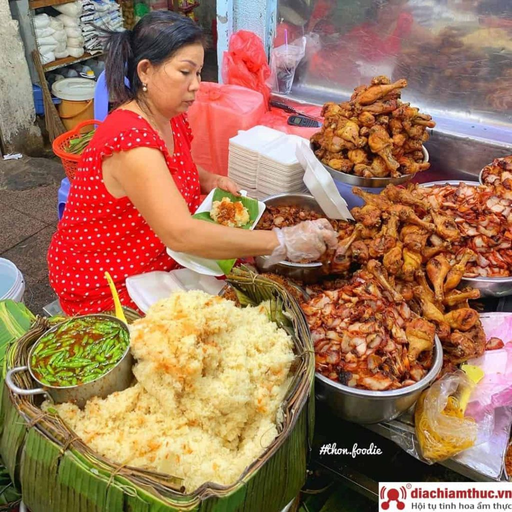 Xôi gà Bà Chiểu quận Bình Thạnh