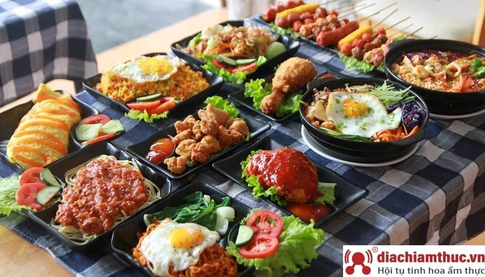 Zone 7 Café & Restaurant TP Huế