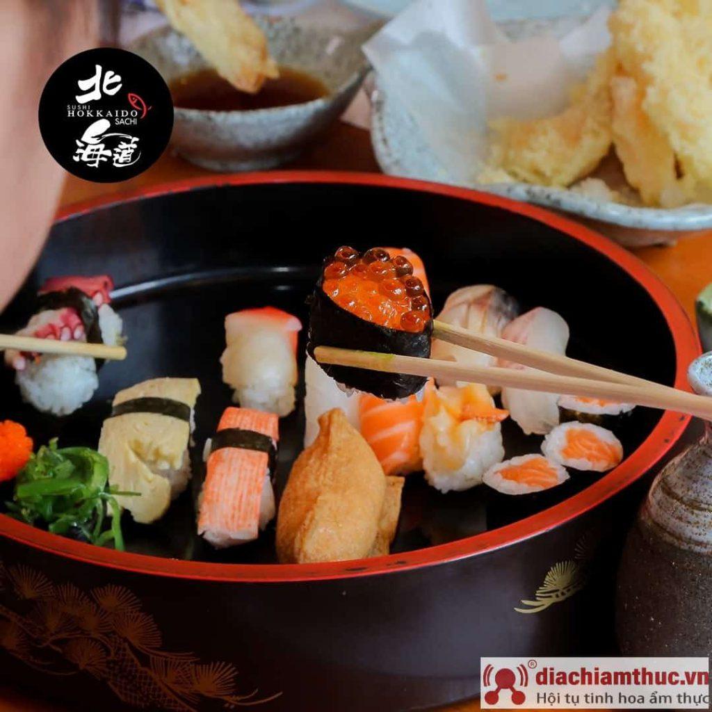 các món sushi ở hokkaido sachi
