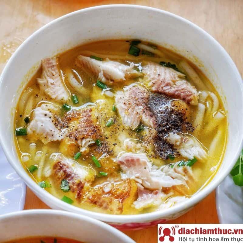 Bánh canh cá lóc - Cường Đô La