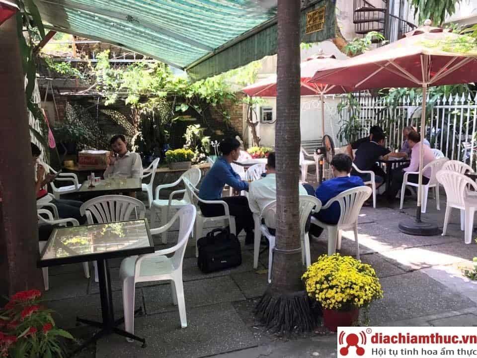 Café Hoa Sứ quận 11