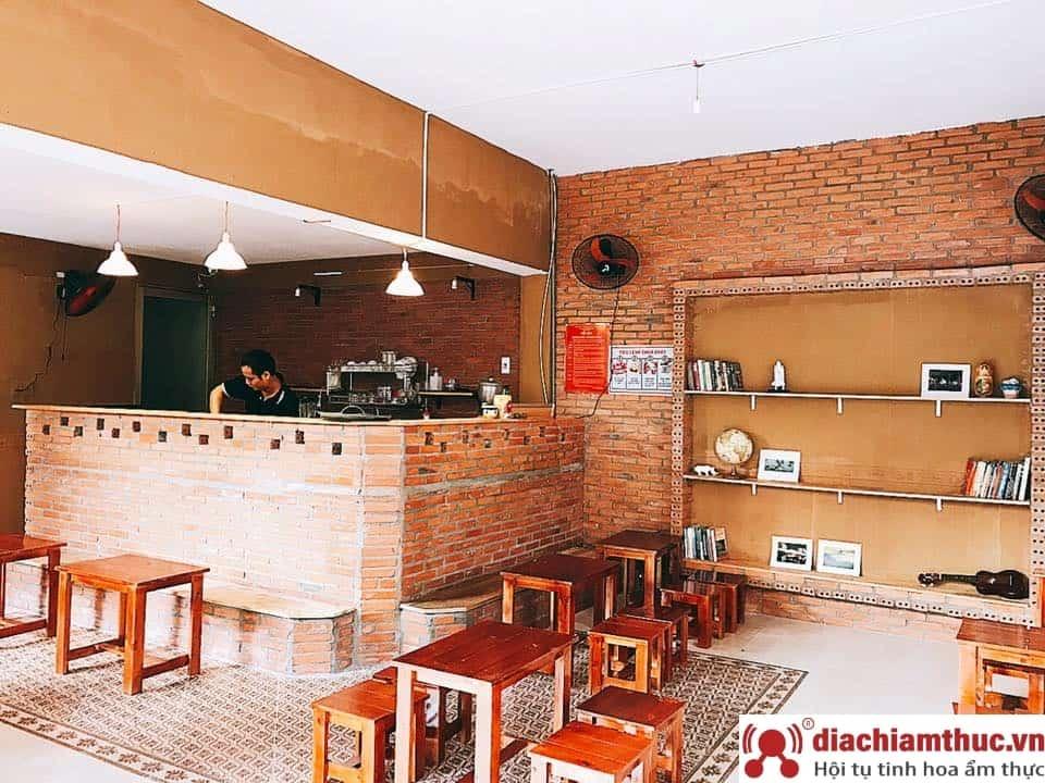 Café công xưởng Q11