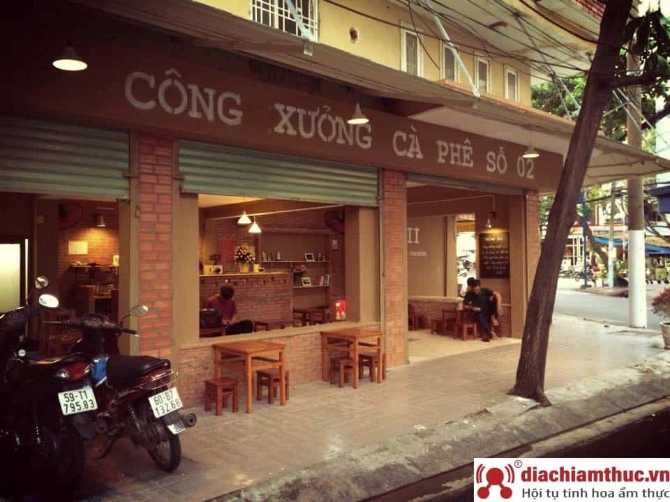 Café công xưởng