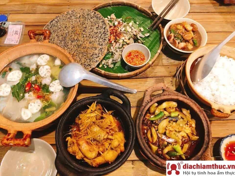 Nhà hàng Cơm quê Mười Khó SaiGon