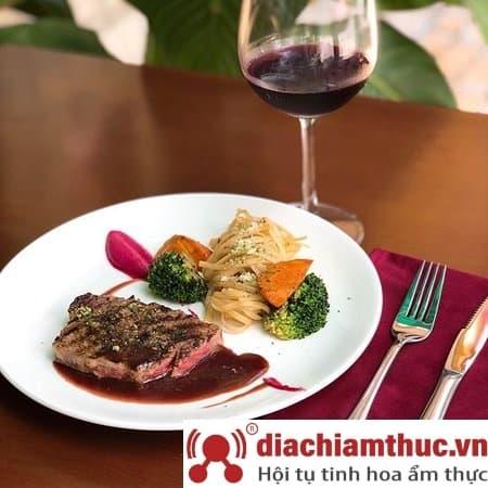 Nhà hàng Ơ Bistro Thủ Đức