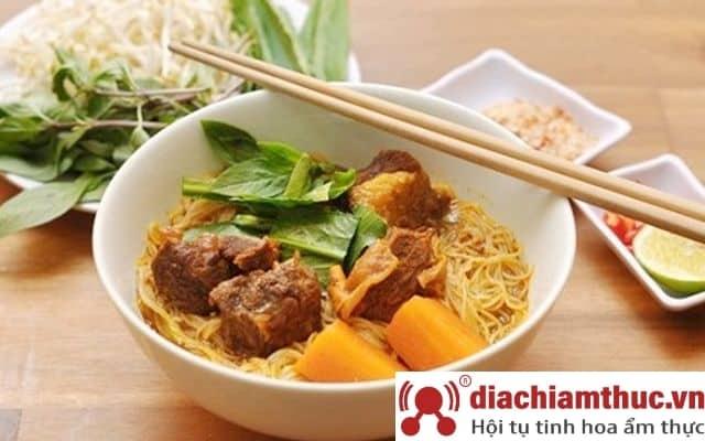 Quán Hủ tiếu bò kho Tham Lương