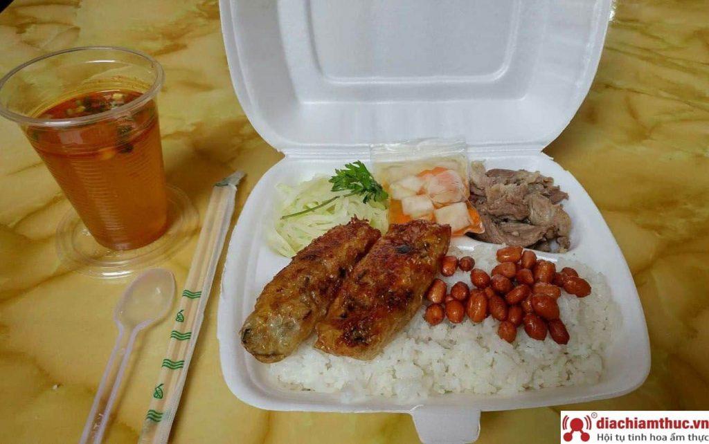 Quán cơm Vân Anh