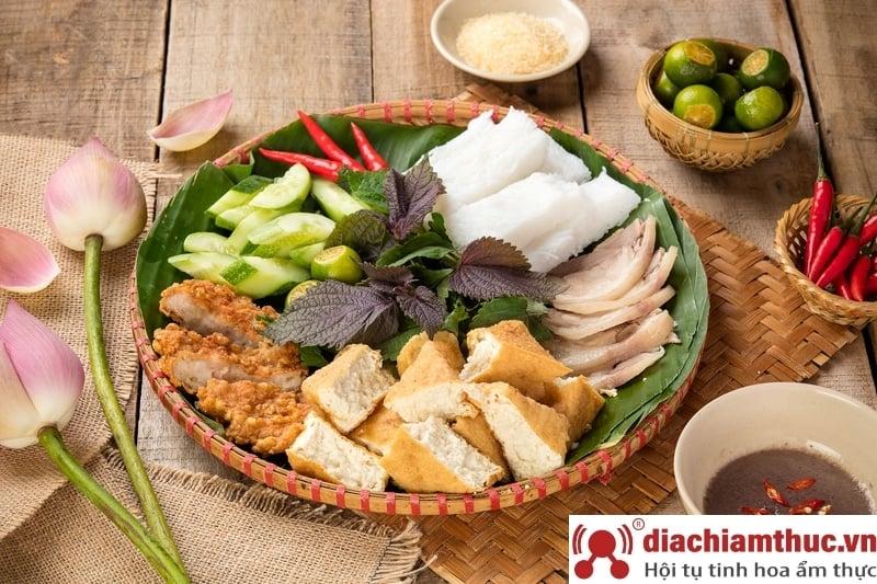 Bún đậu Homemade đường Đồng Đen - Tân Bình