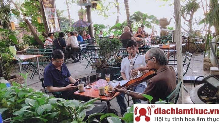 Cafe Trịnh – Xưa và nay