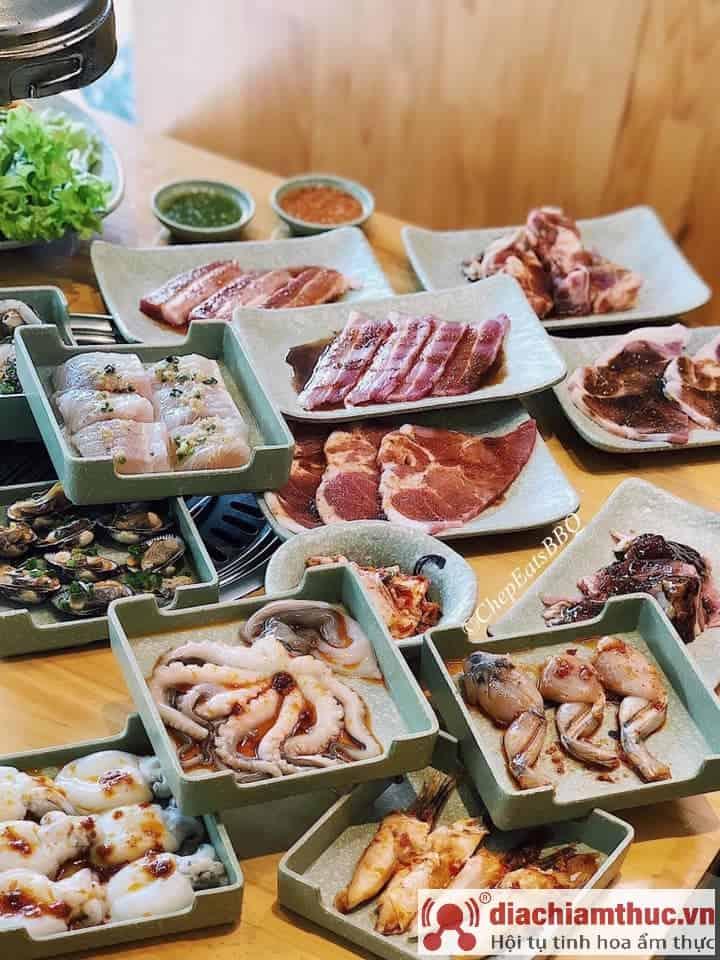 Cheep Eats - Seafood BBQ Buffet Sài Gòn