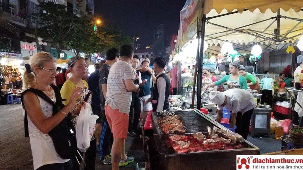 Chợ Hưng Phú Quận 8