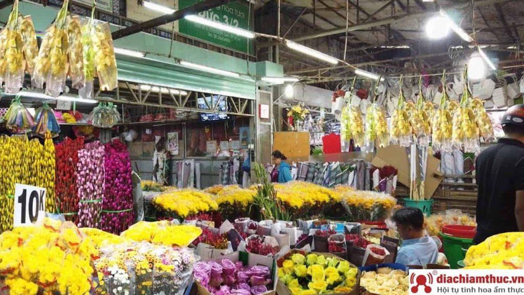 Chợ hoa tươi Đầm Sen