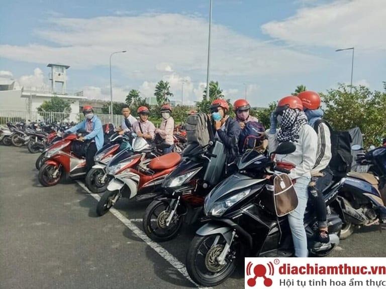 Cho thuê xe máy tại bến tàu Phú Quốc – Lan Mười