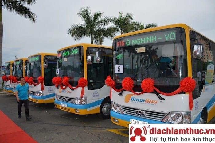 Đi xe bus Đà nẵng