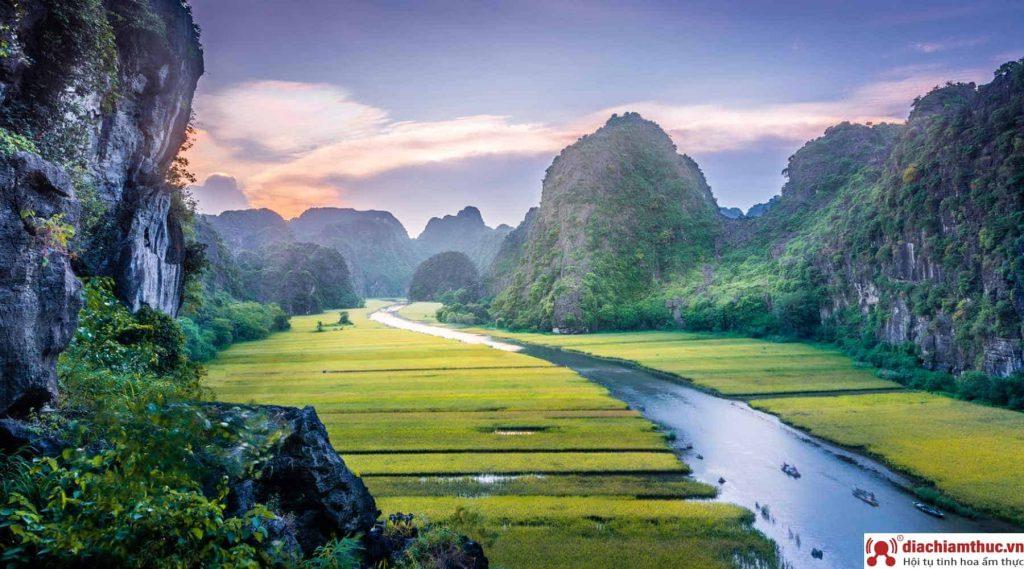 Du lịch Ninh Bình vào Thời điểm khác