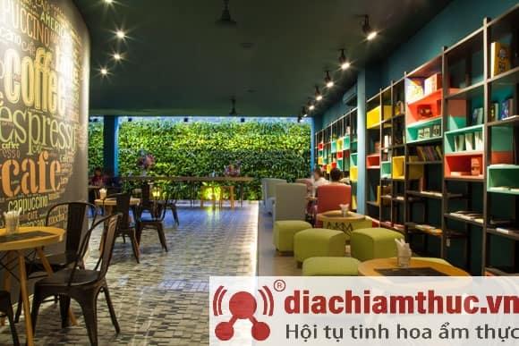 Huy Hoàng Bookstore Tân Bình